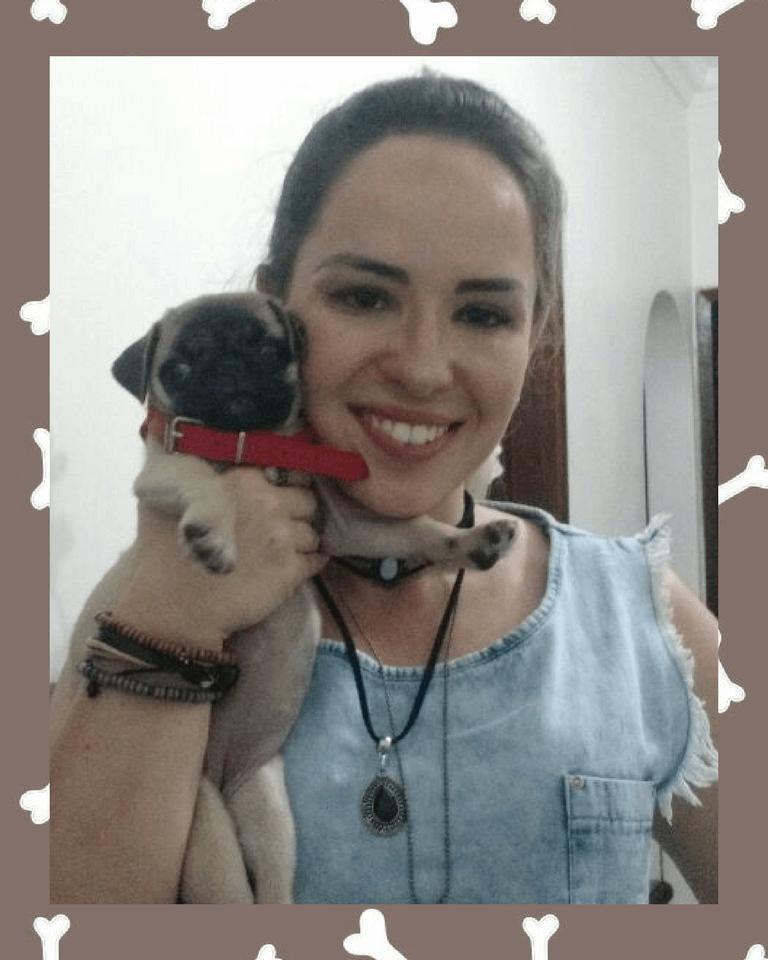 Caroline com o filhote Amora - Contagem/MG