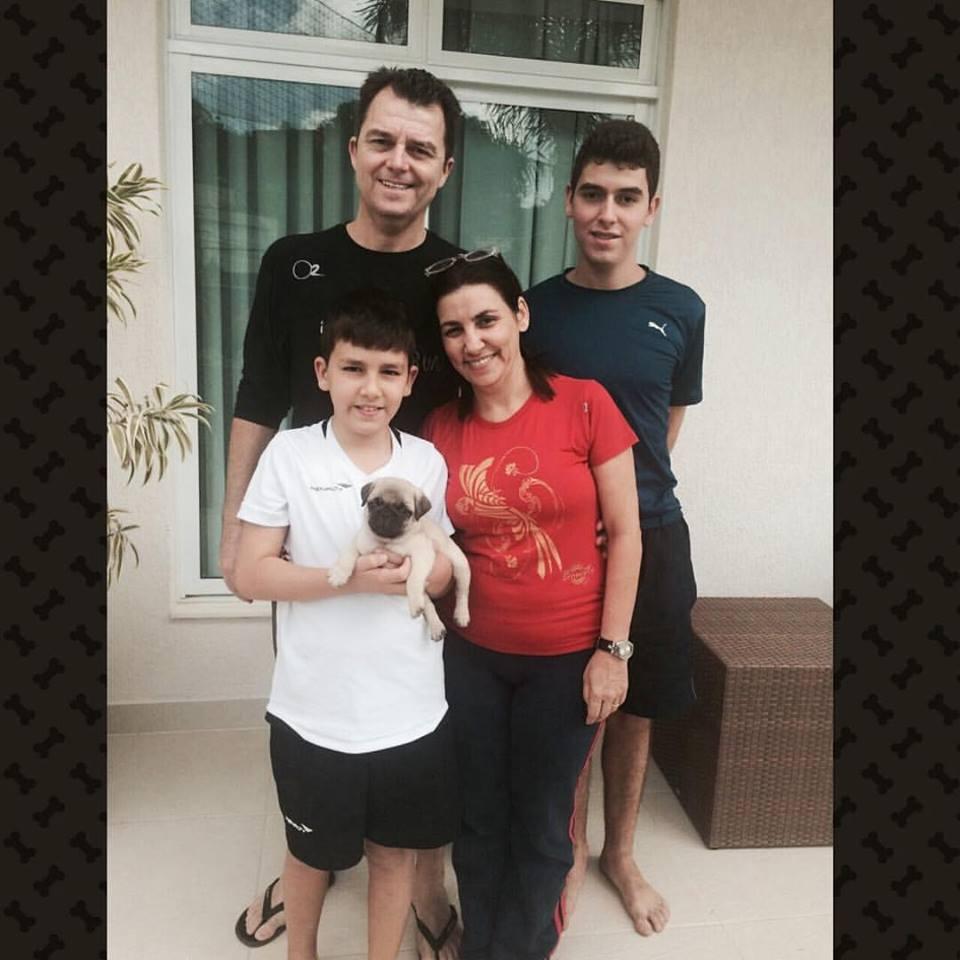 José Alberto & Adriana, com seus filhos Arthur e Pedro com o filhote Jack - Belo Horizonte-MG