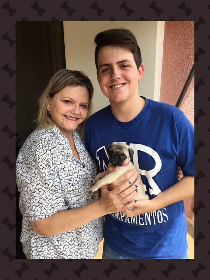 Rose e o filho Gabriel com o filhote Olívia - Pouso Alegre/MG